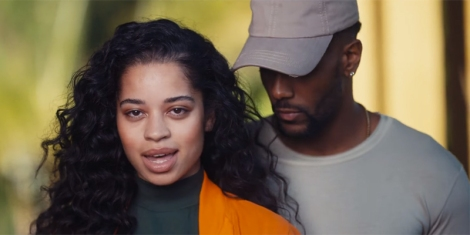 ella-mai-lay-up-video